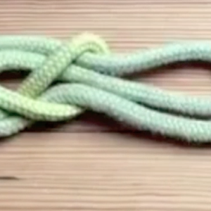 Knots Knots Knots: The Directional 8 (in-line 8)
